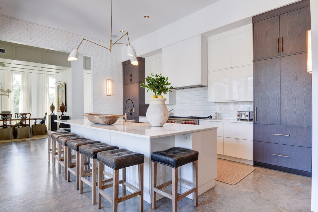 Covington Contemporary Kitchen