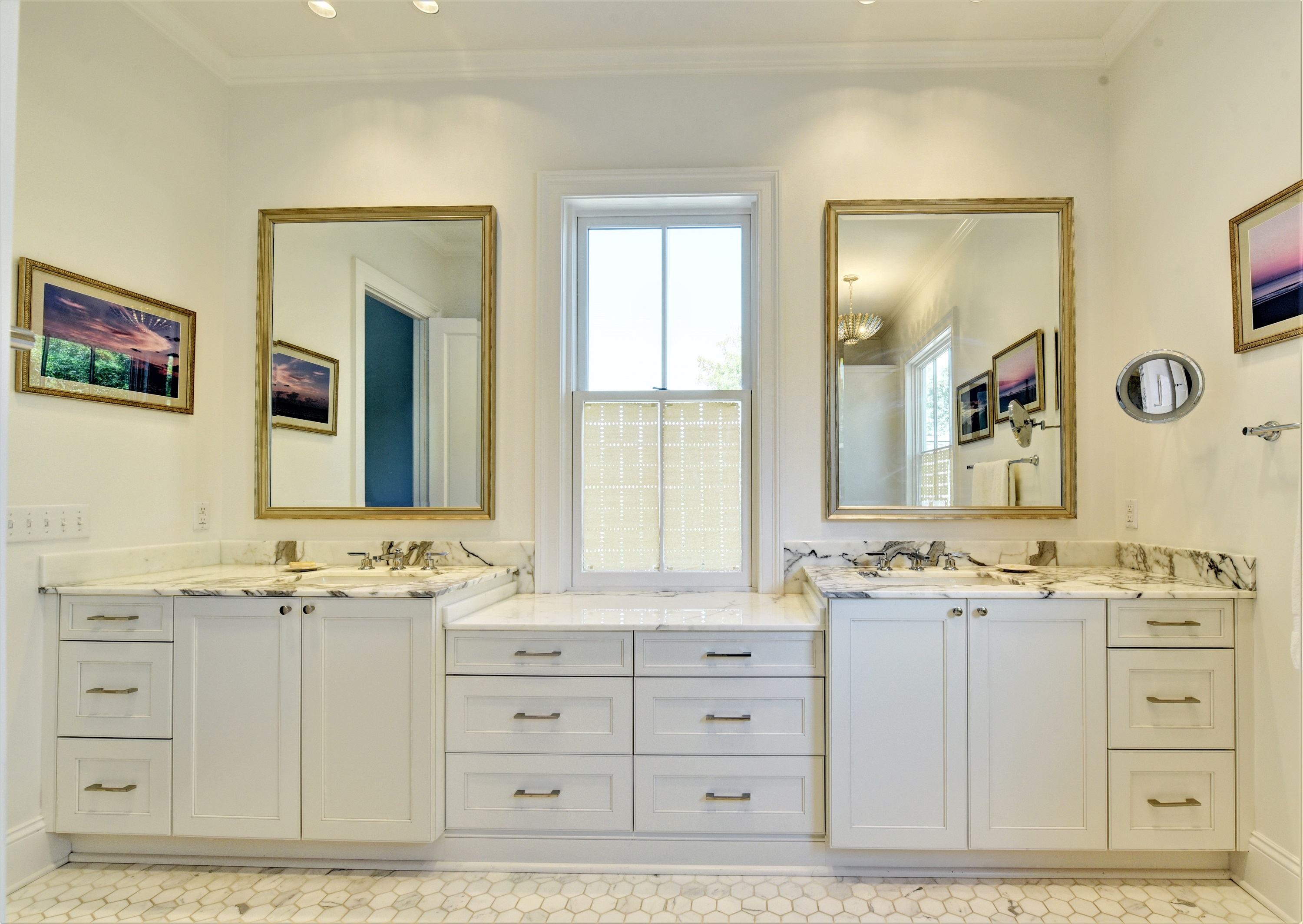 Master bath double sink vanities